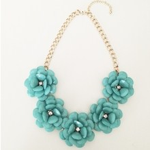 teal-flowers-necklace-4